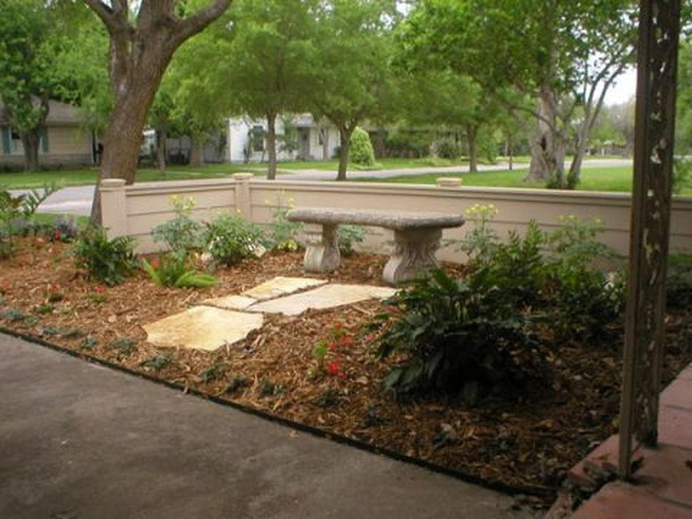 Gorgeous Landscaping Design Ideas For Beginners 28