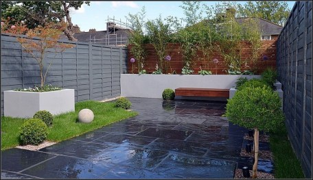 Gorgeous Landscaping Design Ideas For Beginners 30