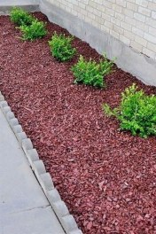 Gorgeous Landscaping Design Ideas For Beginners 31