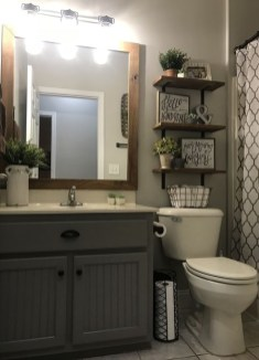 Lovely Farmhouse Bathroom Makeover Ideas To Try Right Now 03