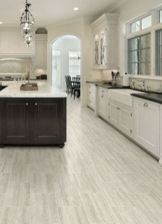 Rustic Wood Floor Ideas For Amazing Kitchen 39