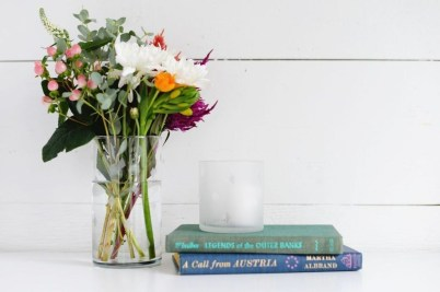 Splendid Diy Flower Vase Ideas To Add Beauty Into Your Home 20