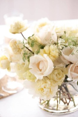 Splendid Diy Flower Vase Ideas To Add Beauty Into Your Home 41