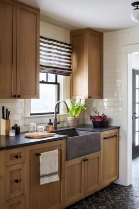 Stylish Farmhouse Kitchen Design Ideas To Bring Classic Look 08
