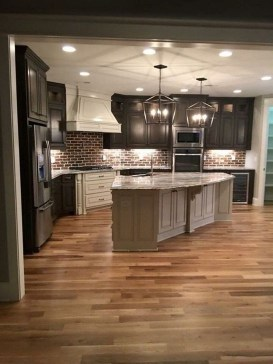 Stylish Farmhouse Kitchen Design Ideas To Bring Classic Look 43