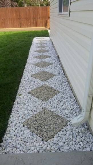 Unusual Front Yard Landscaping Design Ideas That Looks Great 14