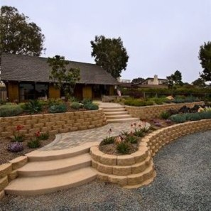 Unusual Front Yard Landscaping Design Ideas That Looks Great 34