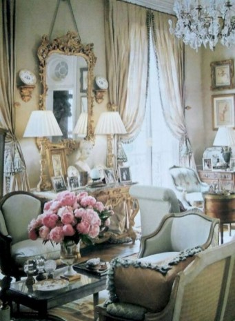 Captivating French Country Home Decor Ideas For You 20