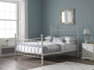 Comfy Small Bedroom Ideas For Your Son To Try 15