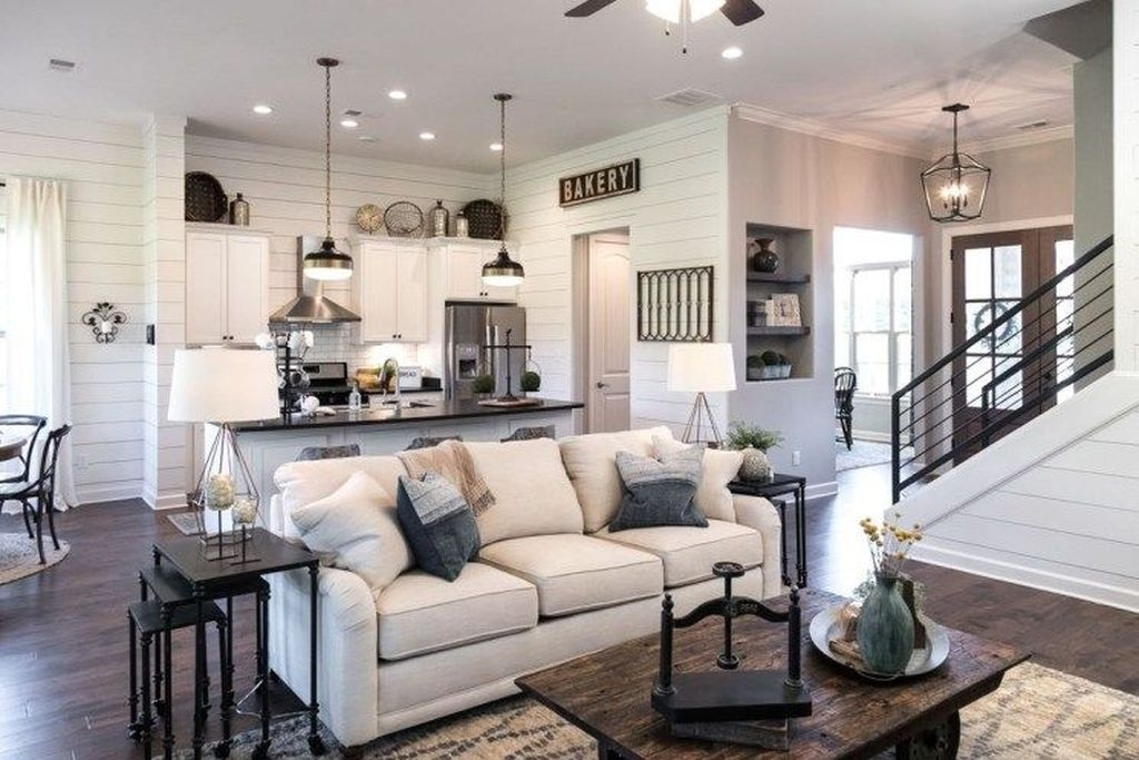 99 Fascinating Farmhouse Living Room Decor Ideas For You ...