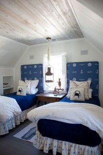 Favored Bedroom Design Ideas With Beach Themes 01
