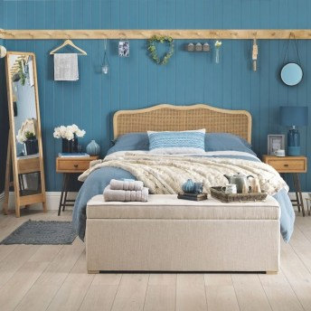 Favored Bedroom Design Ideas With Beach Themes 37