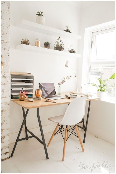 Outstanding Mini Office Design Ideas In The Living Room 06