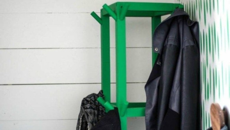 Relaxing Wooden Rack Ideas To Be Applied Into Any Home Styles 13