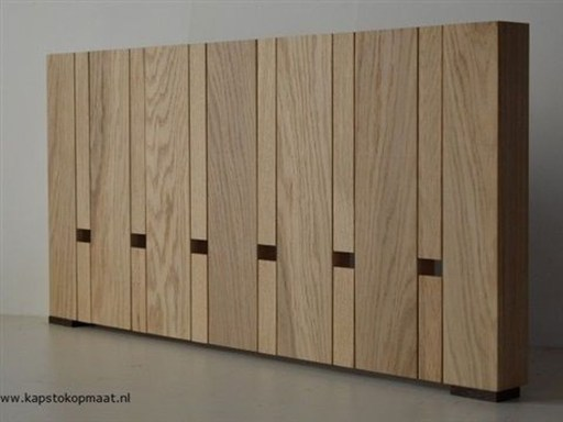 Relaxing Wooden Rack Ideas To Be Applied Into Any Home Styles 31