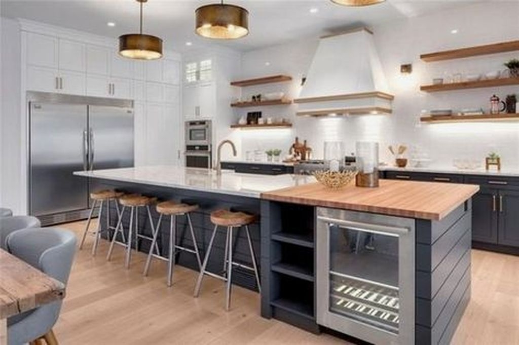 Unordinary Farmhouse Style Kitchen Island Ideas 14