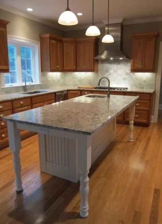 Unordinary Farmhouse Style Kitchen Island Ideas 26