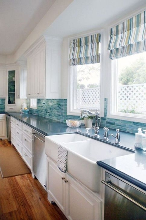 Casual Kitchen Design Ideas For The Heart Of Your Home 25