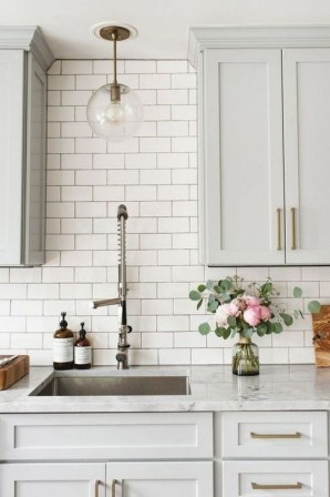 Casual Kitchen Design Ideas For The Heart Of Your Home 41