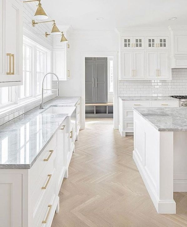 Classy Farmhouse Kitchen Cabinets Design Ideas To Copy 06