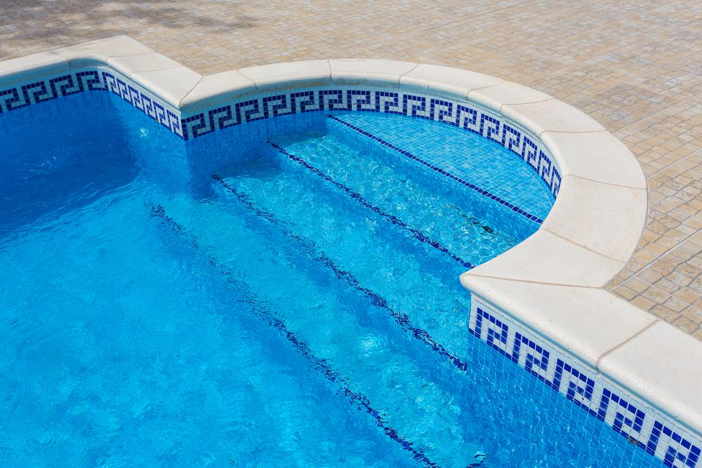 choose the right waterline pool tile