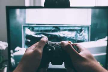 Jogadores de 'Call Of Duty' acusados pelo FBI de roubar milhões de dólares