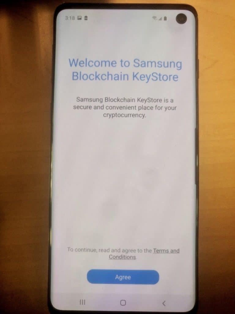 Divulgadas imagens do smartphone da Samsung