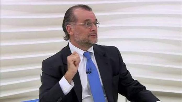 Ex-presidente do Banco Central do Brasil fala sobre o Bitcoin e manifesta preocupação com a Libra