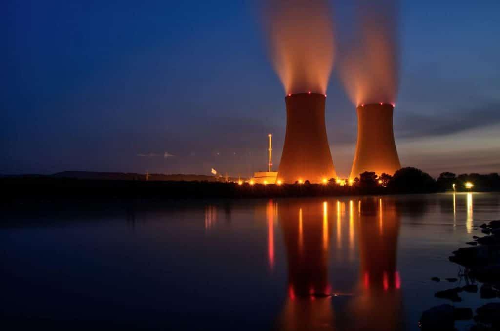 Ladrão arrisca segredos de estado usando usina nuclear para minerar criptomoedas