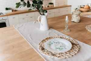 How To Decorate A Dining Table When Not In Use