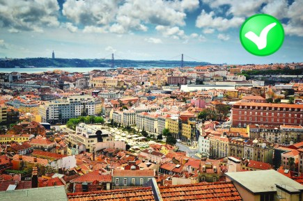 Lisbon_at_day_99lives