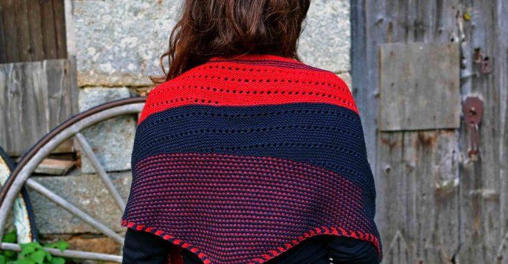châle rouge et noir avec motif petites étoiles