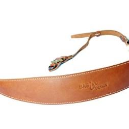 Camera strap-leather-curve-3