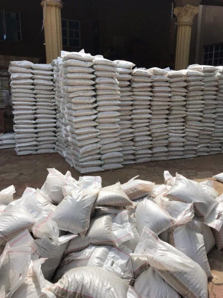 Senator Stella Oduah Shares Food Items In Anambra 12