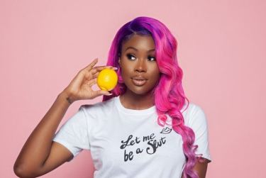 """""""If Your Man's Friends Acts Off With You, It's His Fault"""" – Sexual Rights Activist, Oloni Writes"""
