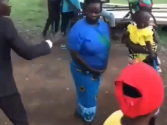 Woman fights off clergyman who tried to lay his hands on her at a church programme (video)