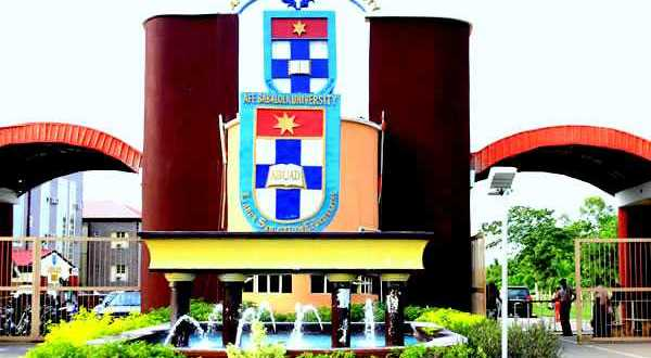 ABUAD Announces Dressing Code For Students, Bans The Use Of Smart Phones