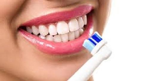 change-toothbrush-regular-intervals