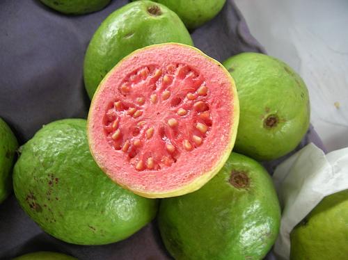 surprising-benefits-taking-guava-fruit
