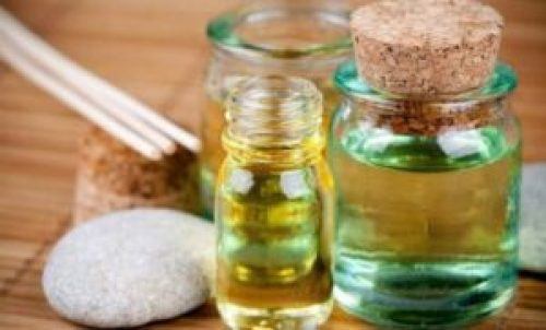 Tea Tree Oil - One of the home remedies for dandruff