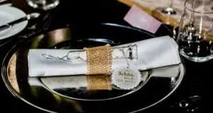 alt-Wedding-souvenir-ideas-for-guest