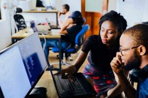 What are the best ICT jobs in Nigeria? To know the best information technology jobs in Nigeria you need to read this piece. If you want to pursue one of the most promising careers today in technology, check out this list with The 7 best jobs in computer science. If you've always liked solving problems or deciphering codes, you have a natural talent for learning new languages, or even if you've always liked to understand how electronics work and even opened your PC to see the parts inside, you probably have the ability to one of those careers. And if you intend to choose (or have already chosen) information technology as a way of earning a living, know that you probably have one of the most promising jobs today and you are on the right path. ICT most especially in Nigeria is on a new level, we have more technologies coming in day by day and the economy of a great nation depends on this, why would Nigeria own be any different? Computer science specialists need to be able to think analytically to create systems and programs, but they must also be sufficiently detailed to solve problems.It is necessary to be able to communicate well with non-technical people, to assess their needs and transmit technical information in simplified language. Creativity is essential for those studying computer science and who want to create an application or gadget.Because ofthe rapid rate of change in technology, the professionals ofthe technology must have learned to follow the latest developments. Read Also: The Most Technologically Advanced Countries in Africa Informationtechnologyspecialistsmust also be curious about the world around them, as programs and systems are applied to all possible areas of life and commerce.The right job for you will depend on your skills, values and personal interests. Best Information Technology Jobs In Nigeria Web Development Web development is one of the best Information Technology jobs that is very essential and profitable, professionals in this line are