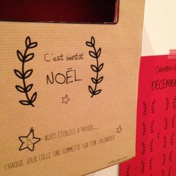 Calendrier à gommettes, calendrier de l'avent 2016, calendrier décembre 2016 / Blog 9 MOI(S) d'envies à Nantes, mode femme, mode grossesse, DIY, couture, décoration, cuisine,...