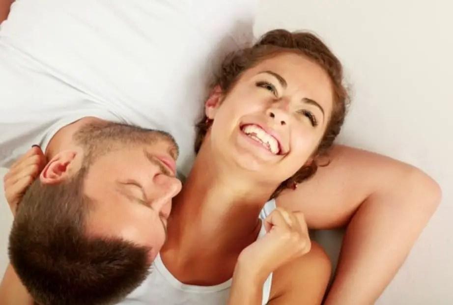 أمور عليكِ معرفتها قبل عودتك إلى العلاقة الحميمة بعد الولادة