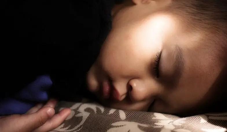 8 أسباب وراء اضطراب نوم الأطفال ...تعرفي عليها