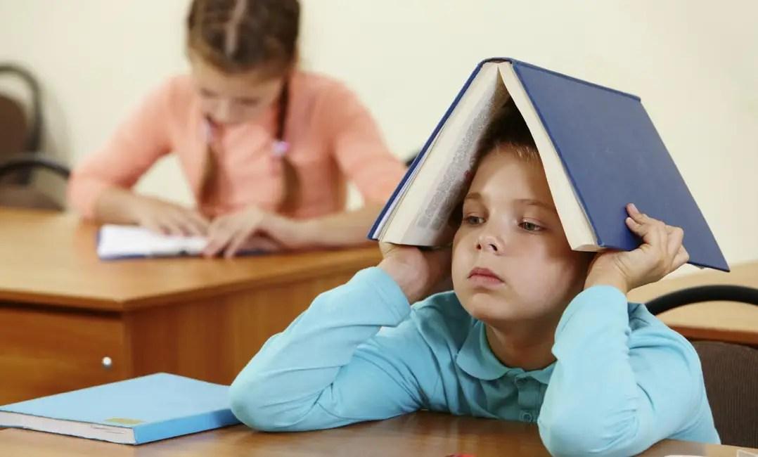 التأخر الدراسي عند الأطفال أسبابه وعلاجه