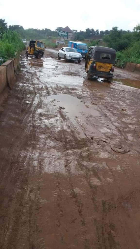 Obibia okpuno bridge in very bad shape