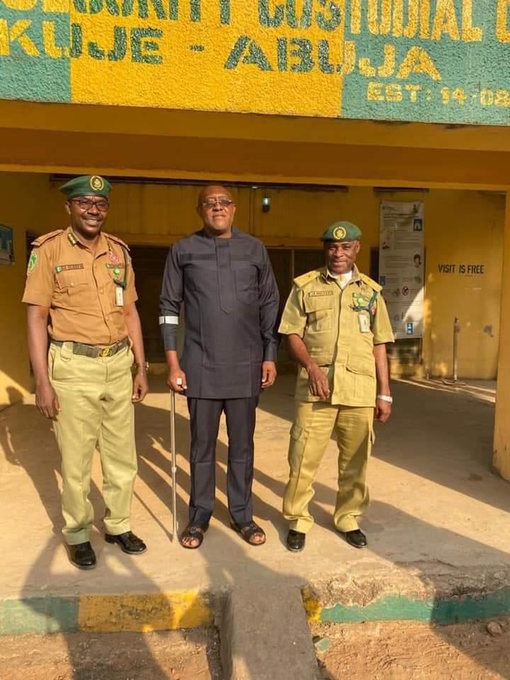 Olisa Metuh is finally released from Kujeh custodial center Abuja - 9News Nigeria