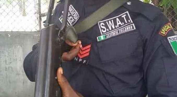 Suspected SWAT Operatives Storm Enugu Townhall Meeting, Kill Monarch