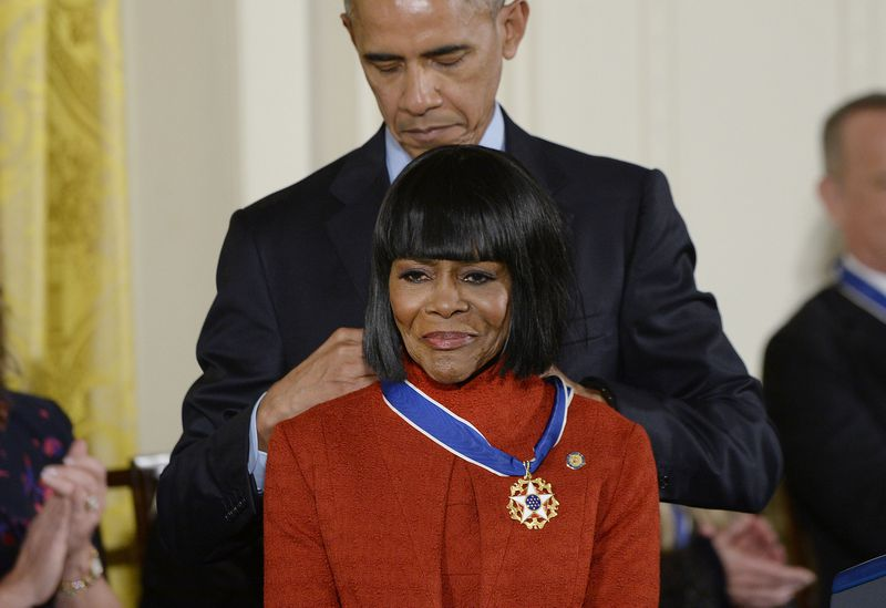 Cicely Tyson received Presidential medal from Barack Obama